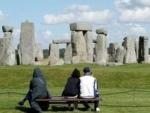 Struktur Aneh di Dekat Stonehenge